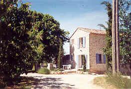 Nos producteurs vous accueillent en provence g tes chambres d 39 h tes for Chambre dhotes orange vaucluse